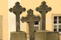 Chelmsko - na hřbitově