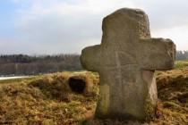 Smírčí kříž poblíž Brzice