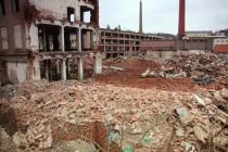 Konec textilního průmyslu v Náchodě, demolice Tepny, leden 2014
