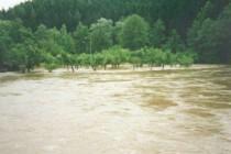 Povodeň 8.7.1997, kulminace ve 12 hod Náchod - Bražec, foto - Povodňový plán města Náchoda