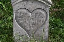 Na hřbitově leží i mnoho místních Němců