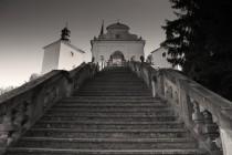 Scala sancta (Svaté schody) k poutnímu kostelu Panny Marie Bolestné na Homoli