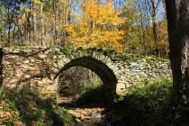 Sklenářovice - kamenný most z 16. století