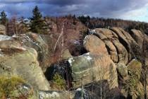 Pohled do Kovářovy rokle z náhorní planiny