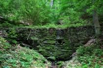 Peklo - Bartoňova cesta pod Sendraží