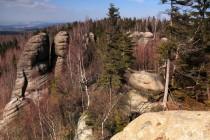 Severní okraj plošiny tvoří plochý vrchol Velké kupy