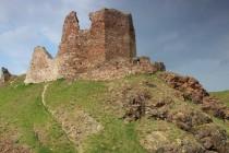 Zřícenina hradu Lichnice je jedním ze dvou posledních míst,