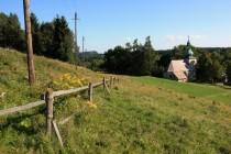 Na Pasterce - původně čistě pastevecká osada uprostřed luční enklávy obklopené lesem