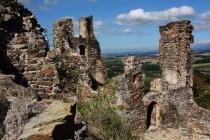 Potštejn - zbytky hradu a daleké výhledy