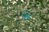 Letecký snímek Náchodska - Krajina, pestrá krajinná mozaika, ve které převažuje zemědělsky užívaná půda, tzv. kulturní step