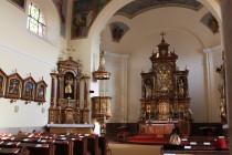 Interiér je ovšem čistě barokní.