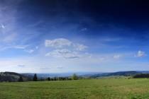 Pláně nad zaniklou vsí - úžasné výhledy do Čech a pastevecká útulna...