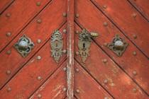 Kostel Sv. Ducha u Dobrušky , detail dveří