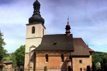 Kostel sv. Jakuba v Dolní Olešnici s původními sgrafity
