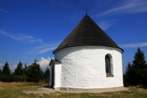 Kunštátská kaple z roku 1671. Krásná stavba na krásném místě...