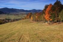 Krásně je i v podhradí - Góry Suche od severu z kotliny Gluszyce