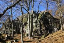 Horní část hradu je na samotném skalnatém vrcholu