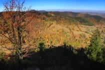 Panorama na závěr - pohled z Gomólniku na Gluszycy, Góry Suche a Wałbrzyskie