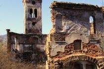 Unisław Śląski - ruiny evangelického kostela