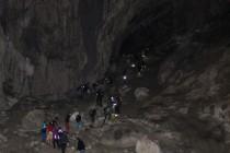 V jeskyni...