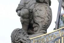 Barokní lev z kladského mostu