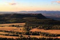 Louky nad Pastierkou a Velká plošina Broumovských stěn