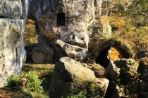 Sídlem vrchnosti na Bishofsteinu byl nejdříve skalní hrad